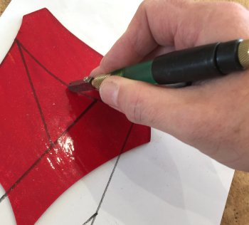 Accurate glass cutting is the first thing you'll learn on this one-day Vitreus Art workshop