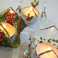 Christmas craft workshops - make your own Xmas glass decorations with Vitreus Art