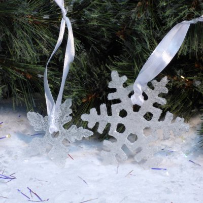 hand-made fused glass snowflake Christmas tree decorations available to buy online at Vitreus Art