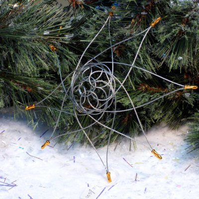 hand-woven wire Christmas stars available to buy online at Vitreus Art