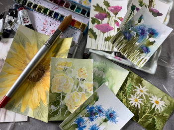 Paint a number of mini floral masterpieces on this workshop with Clare Tebboth