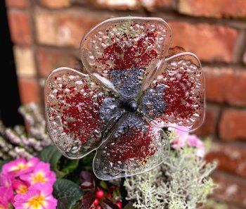 Fused Glass Flowers evening courses for beginners taught by Vitreus Art Northants