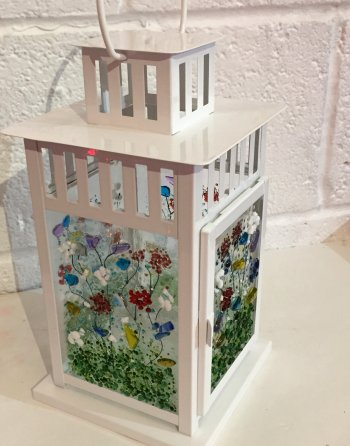 Fused glass lantern - learn all aout tack gl;ass fusing with the Vitreus Art class
