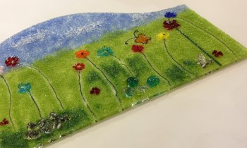 Create several slumped fused glass pieces of art with Vitreus Art