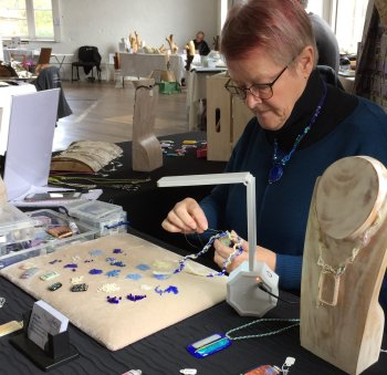 Jo Cross - beading and fused glass jewellery at Vitreus Art