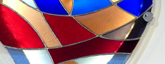 detail of heart shaped stained glass art by Mike Caddy of Vitreus Art