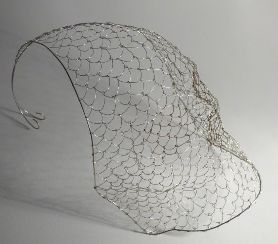 Mermaid Skull wire sculpture at Vitreus Art