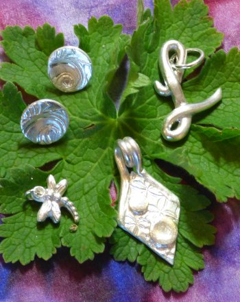 Make a choice of silver pendant designs - precious metal clay for beginners with Vitreus Art