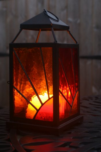 Stained glass lantern - learn the foiling method on the Vitreus Art class