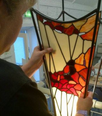 stained glass lamp in the tiffany style